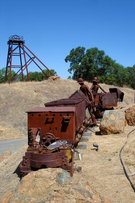 Metal scuptures marking entry into the Sutter's Gold Mine, Sutter Creek, California