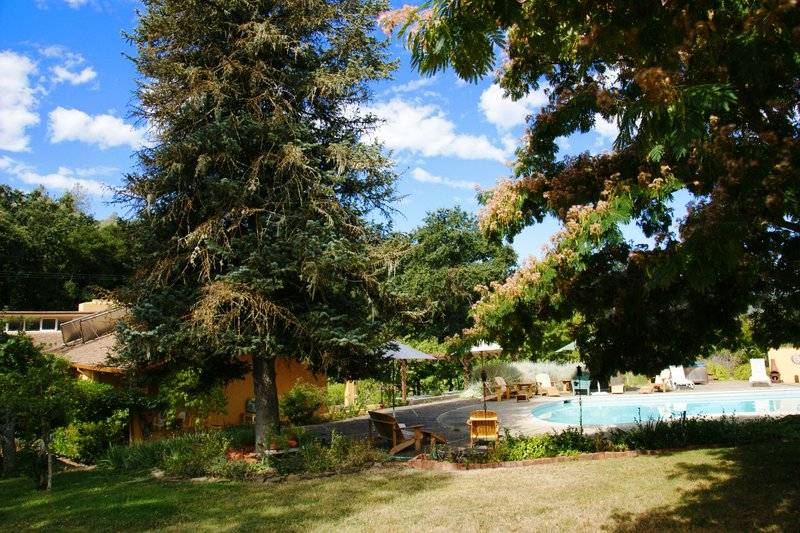 Rustridge B&B, Ranch and Winery, St. Helena, California