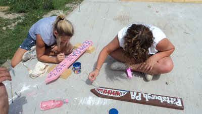 997_Making_our_Signs.jpg