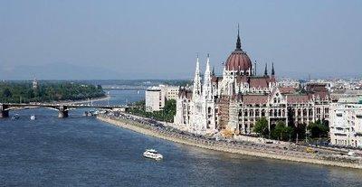 parlement-de-budapest