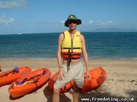 Magnetic (Maggie) Island = Sea Kayaking