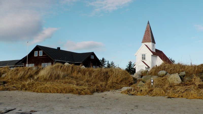 Conference centre and chapel at the northern end of Solastranda beach