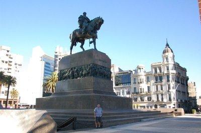 Montevideo..dence_Plaza.jpg