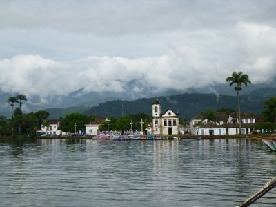 Paraty_from_the_water__2_.jpg