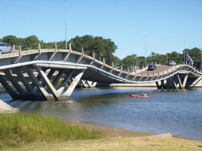 Punta_del_..Wave_Bridge.jpg