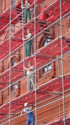 scaffolding_redSquare