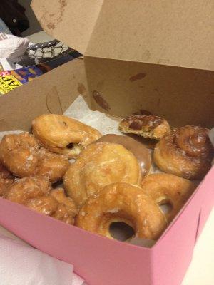 Thomas's Donuts