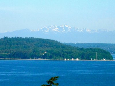 One last view of the Olympic Mountains from the balcony
