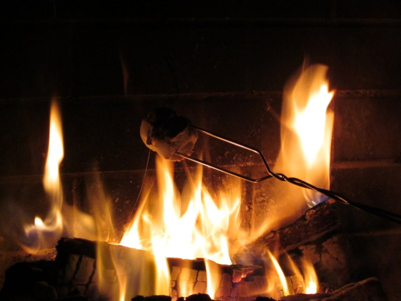 Roasted marshmallows <img class='img' src='http://www.travellerspoint.com/img/emoticons/icon_smile.gif' width='15' height='15' alt=':)' title='' />