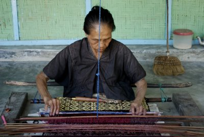 weaving lady