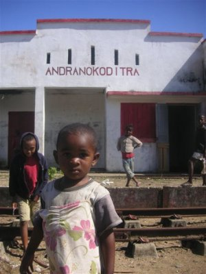 Kids in front of the train station