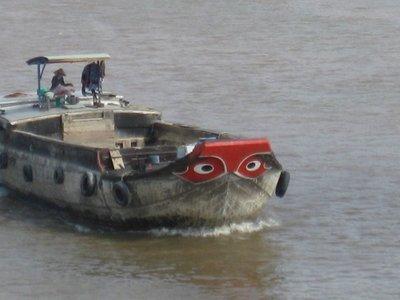 3-22.15 Mekong river boat