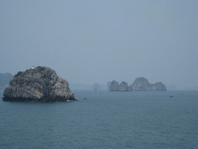 3-25.1 Ha Long Bay, Vietnam