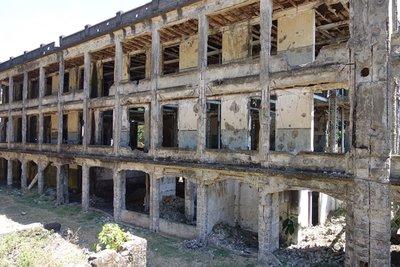 4-17r (14) Middleside Barracks after Attack on Dec 29, 1941