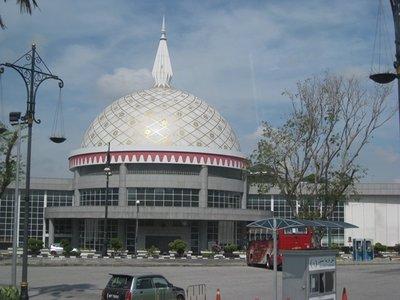 4-21 (10) Muara, Brunei Royal Regalia Museum