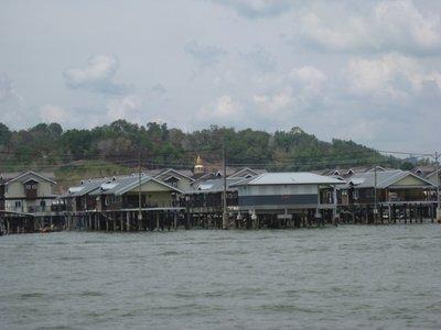 4-21 (15) Water Village