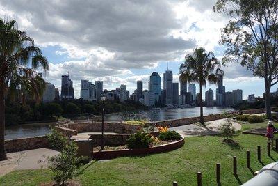 5-7r (34) Brisbane skyline
