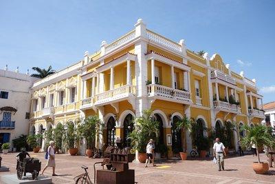 6-27r (63) Plaza de la Aduana