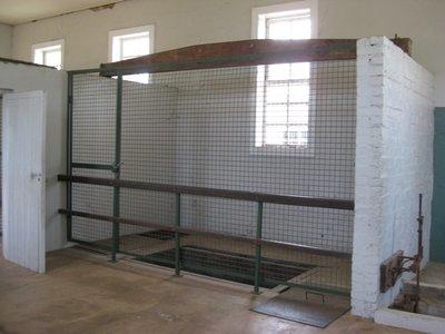 4-30.13 Fannie Bay Gaol gallows