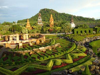 thailand-i..arden_2.jpg