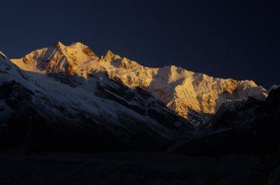 Kangchenjunga ̣at dawn