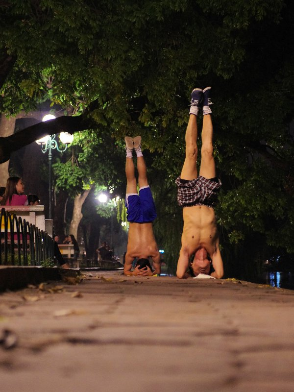 Extreme exercising at Hoan Kiem Lake