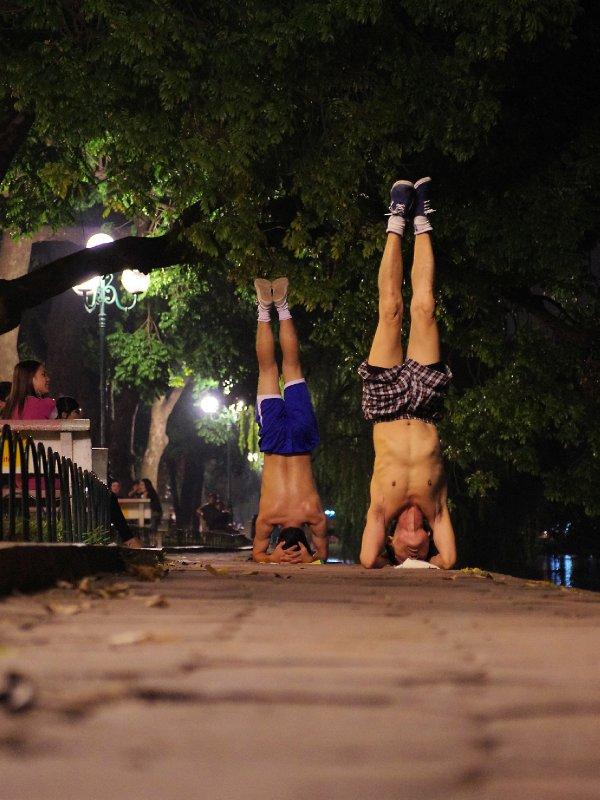 Extreme exercising at Hoan Kiem Lake