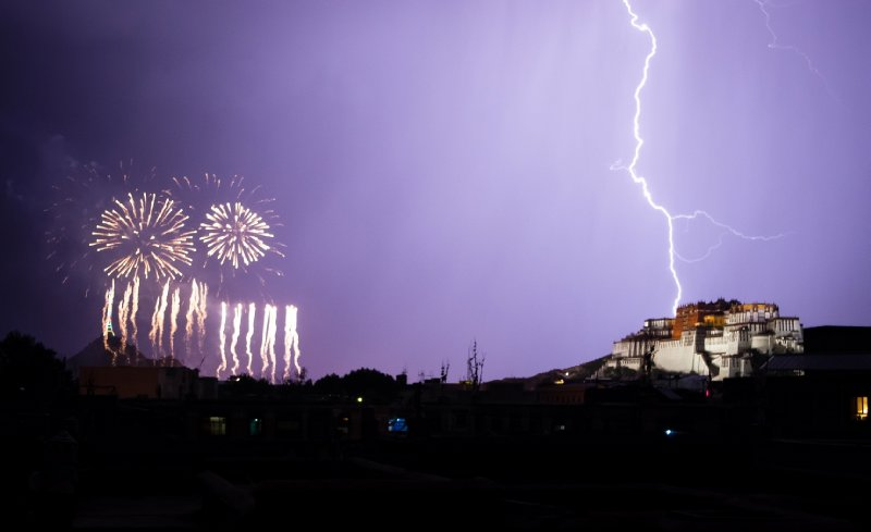 Potala Palace lightning strike