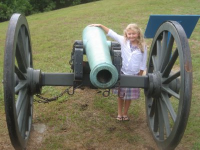 Mia with Vicksburg Cannon