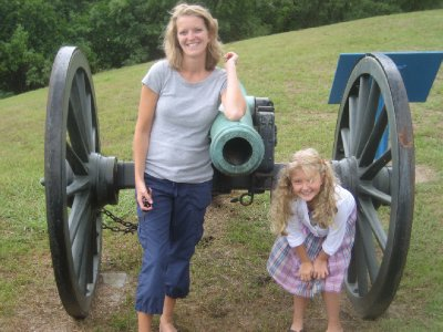 Amy and Mia with Vicksburg Cannon