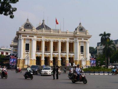 Koloniale_..n_Hanoi.jpg