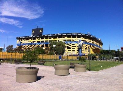 La_Bombonera_in_Boca.jpg