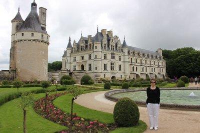 Chateau Chenonceau - Garden view