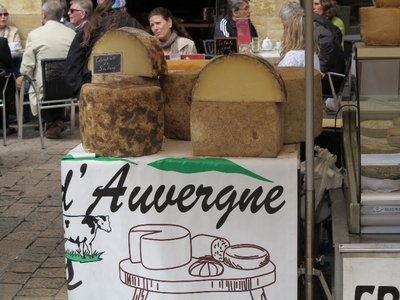 Sarlat - Rounds of Cheese