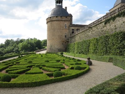 Chateau de Hautefort - Garden views