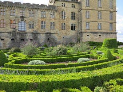 Chateau de Hautefort - Gardens