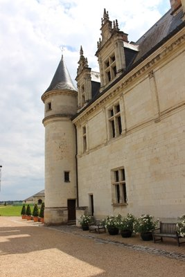 Amboise - Chateau Side view