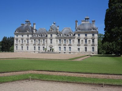 Cheverny - Chateau front view