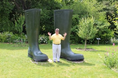 Chateau Rivau - Tom Big Boots