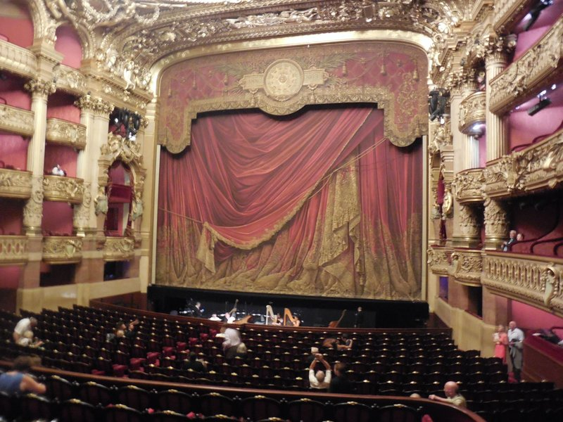 Paris - Opera Garnier - Stage curtain
