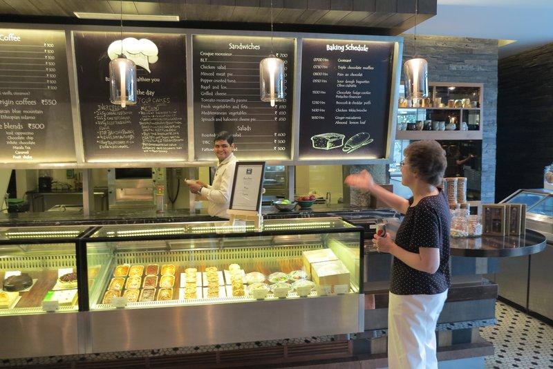 JW Marriott - Pastry Store