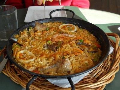 Delicious paella to share