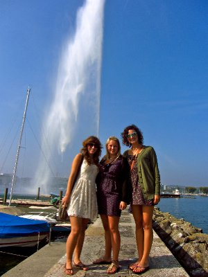 Us girls in front of the fountain at Lake Geneva