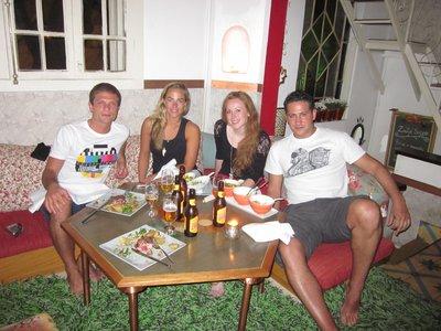 Middag med Italieneren og Spanjolen fra hostelet vaart.
