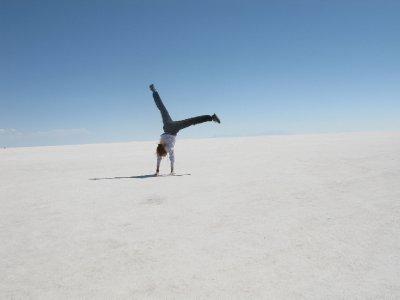 Tone viser sin akrobatiske side. Sirkus neste.