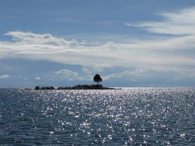 Paa vei hjem i baat fra Isla Del Sol