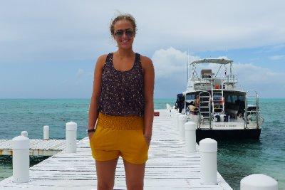 Annika og dykkerbåten vår
