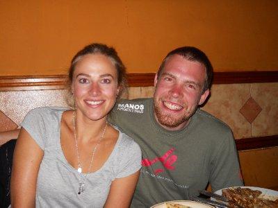 Annika og Tom paa indisk restaurant