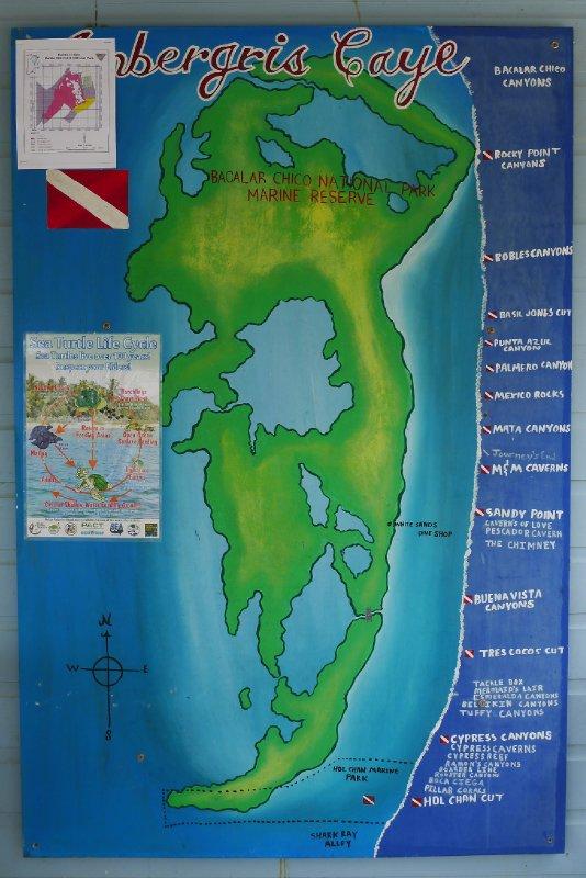 Kart over dive sites langs revet utenfor Ambergris Caye