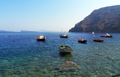 Beach in Therassia (the other side of the caldera)